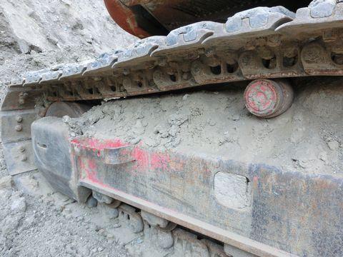 中古油圧ショベル(ユンボ)の画像6